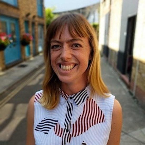 Amy Cameron Headshot